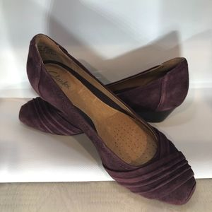 CLARKS ARTISAN Leather Maroon Wedge, Size 6